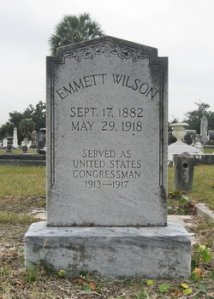 Editor from beyond? I wish. Source: Findagrave.com