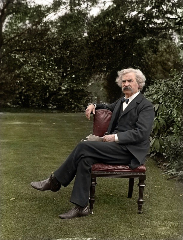 Mark Twain, 1900. Source: http://www.inspire52.com/colored-old-photos/