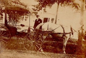 Dr. Wilson on call. Chipley, Florida, 1911