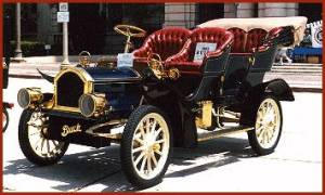 Emmett never owned a car, but Cephas did -- a Buick. This is a 1905 Buick. Image source: http://www.prewarbuick.com/cars/20/1905-Buick-