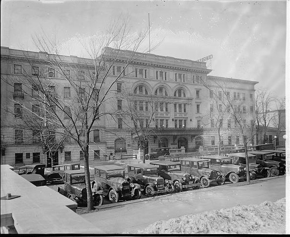 Congress Hall Hotel, about 1914. Emmett lived here during his entire tenure as Congressman. Source: LOC.gov