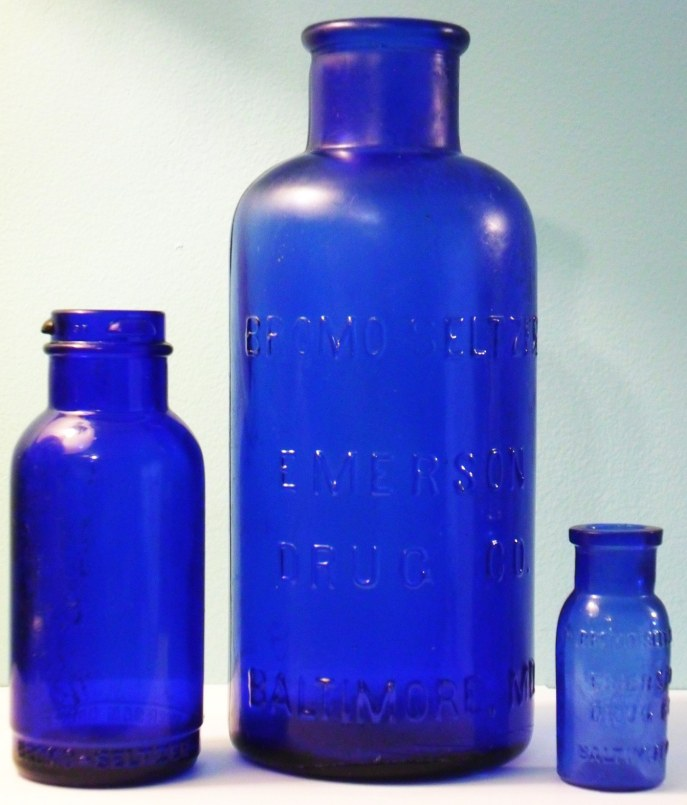 Here's what the Bromo Seltzer bottle looked like. Source: www.glassbottlemarks.com