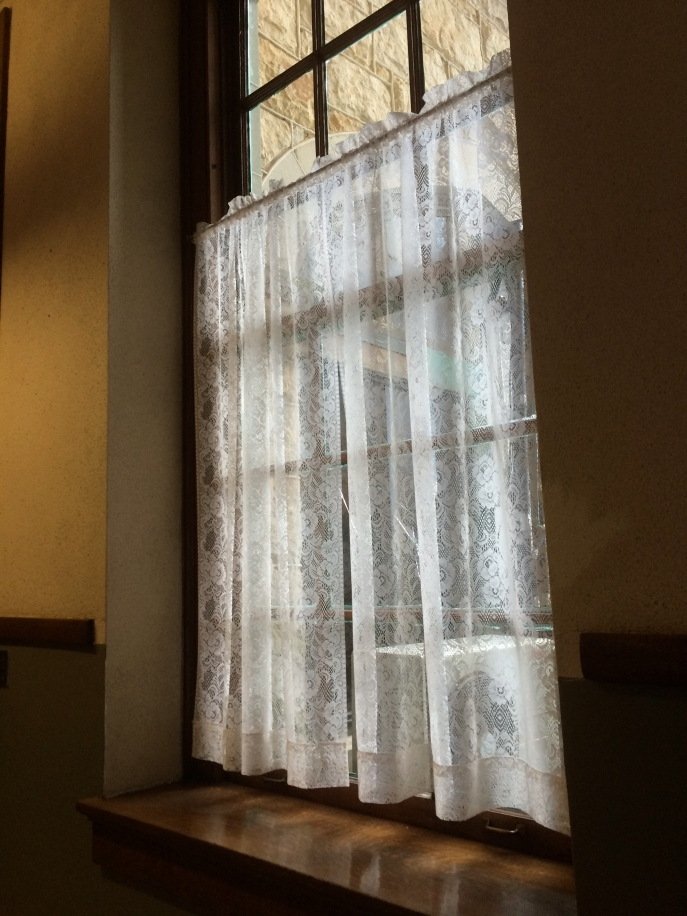 Original casement windows throughout -- and in beautiful condition.