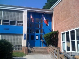 Rollingwood Elementary School, my voting precinct. Source: Moderncapitaldc.com